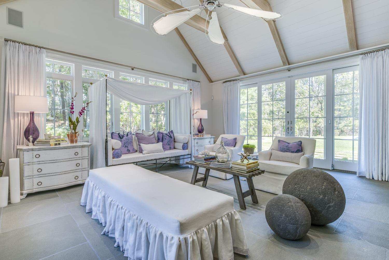 Hamptons Girls Bedroom Design