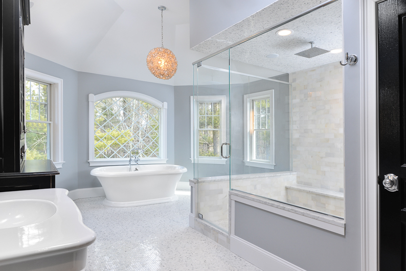 Hamptons Bathroom Glass Shower